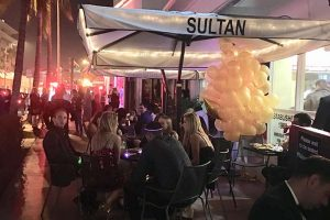 sultan-outside-night